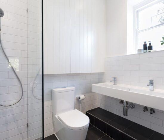 small space bathroom renovations
